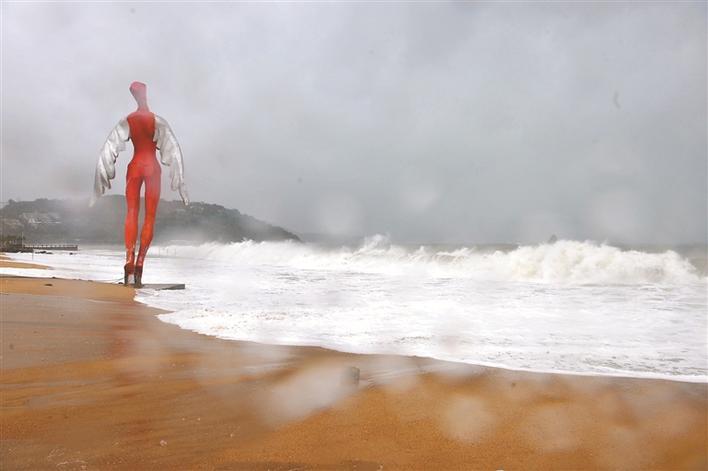 大梅沙的雕塑(2008)